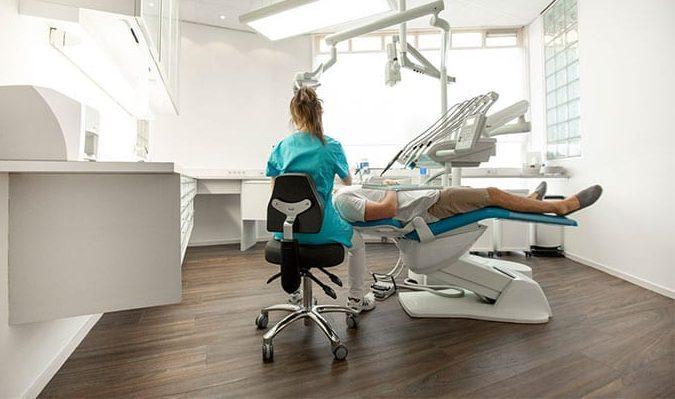 Tandartsstoel - Ontdek onze unieke tandartsstoelen en artsen werkkrukken